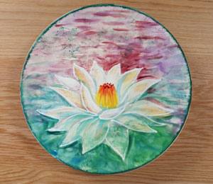 Maple Grove Lotus Flower Plate